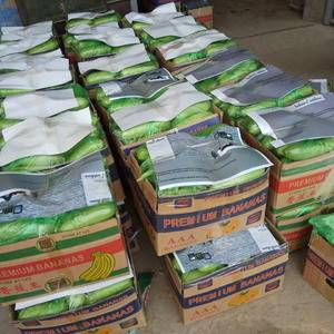 绿皮西葫芦大量上市中,货次齐全,一二三级西葫芦都有,欢迎...