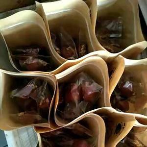 枣夹核桃,新鲜核桃肉质饱满,欢迎来订购。17333751...