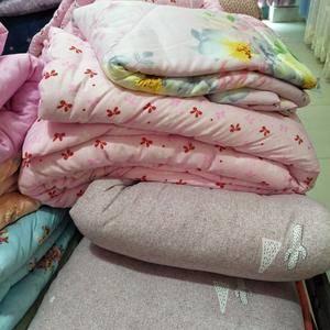 山东长绒棉絮被,纯手工制作,纯棉花的,质量请放心,需要可...