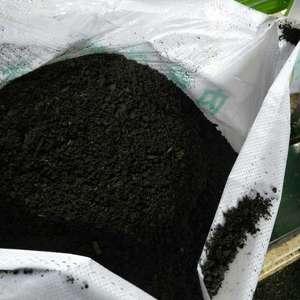 本产品以纯放羊粪添加腐熟剂高温发酵,添加菌种等各种中微量...